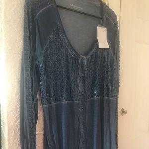 Knit tunic NWT